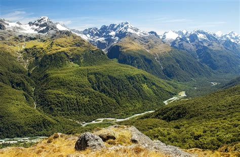 New Zealand Adventure Travel Guide | Switchback Travel